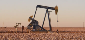 the price of oil falls as US stocks rise