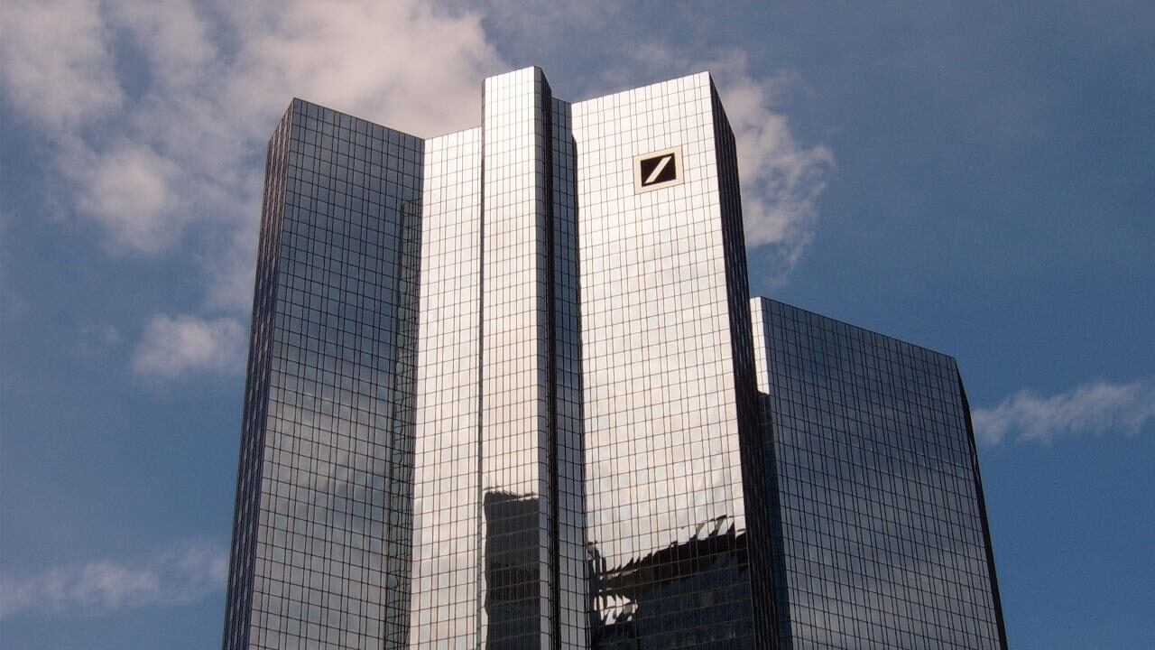 deutsche bank moves the forex center of emerging market currencies from london to singapore